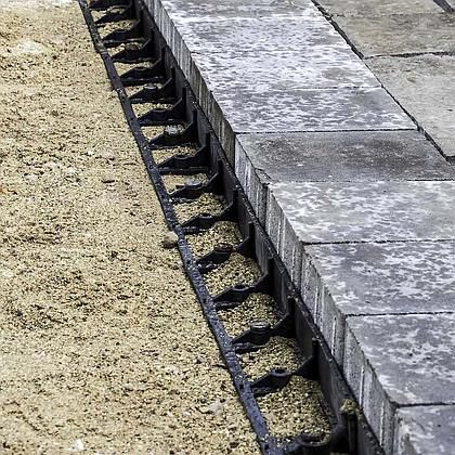 stone edging and restraint by SEK surebond.